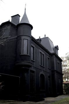 black house #house #black #architecture #dark #building