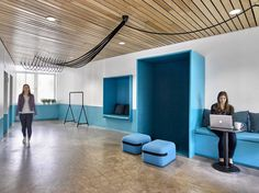 Fresh and Dynamic Workspace for Barrows Advertising in SoHo, New York City