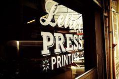 pressacard-mrcup-01.jpg 900×598 pixels #front #shop #nice #vintage #window #style #typography