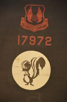 All sizes | Steven F. Udvar-Hazy Center: SR-71 Blackbird tailfin insignia: #logo #military