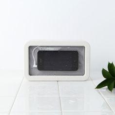 Splash-proof Speaker by Muji #minimal #speaker #muji