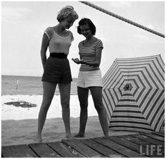 Photographer Nina Leen #inspiration #white #black #photography #and