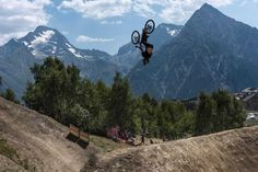 Breathtaking Extreme Sports Photography by Jarno Schurgers