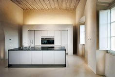 Villa Renovation by CMT Architetti - #architecture, #house, #home, #decor,