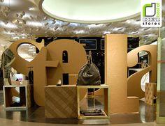 POP UP! Stella McCartney Pop up shop by Giles Miller, Paris store design