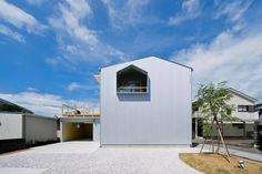 Nakamama Base by Kiriko Design Office