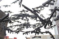gun country carte des usa avec 150 fusils 5 Une carte des USA avec 150 fusils USA Sculpture photo Michael Murphy map image fusil carte a