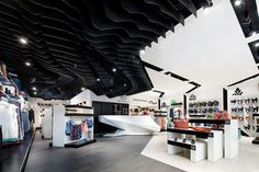 quique store by synarchitecture #layouts #creative #inspiration #interior #design #store #retail