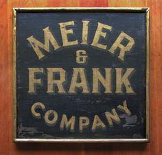 Nutmegger Workshop #lettering #sign #serif #vintage #hand