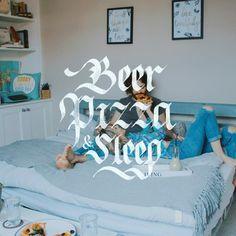 🍻🍕💤 Weekend Vibes - 📷by @heftiba / @unsplash - #pizza #sleep #beer #weekend #weekendvibes #lettering #calligraphy #calligraphypr