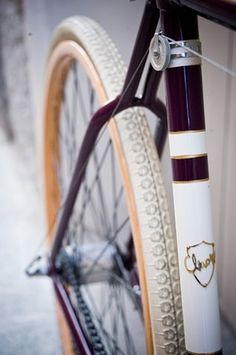 FFFFOUND! | chiossi-cycles-8.jpg (625×939) #gear #wheels #bike #fixed
