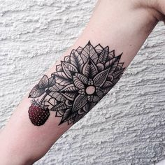 Beauty and Elegant Geometric and Poetic Tattoos #Tattoo