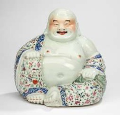 Budai porcelain with decoration in the colours of the 'Famille rose' #porcelain
