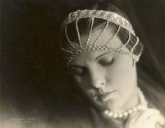 The beginning of the Hollywood era – CNN Photos - CNN.com Blogs #hollywood #photography #1920s #vintage