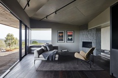Breakneck Gorge Oikos Designed as an Indulgent Retreat from the City 2
