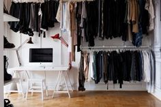 tumblr_lr5l0dw6211qzh0vno1_500.jpg (500×333) #interior #white #wardrobe #homes