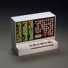 Analogue Miniature 18 #miniatures #synth #craft #art #paper
