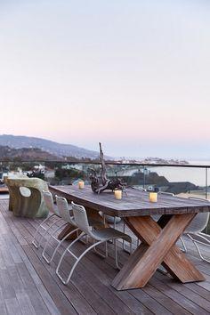 Kern Residence – Seaside Retreat by Modal Design