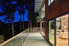Hillside Residence by Zack de Vito Architecture / California