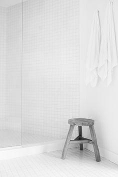White bathroom. Red Dirt Rd House by Amee Allsop. #bathroom #minimalism #ameeallsop