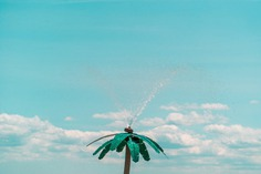 Minimalist and Colorful Urban Photography by Daehyuk Im