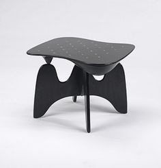 184: Isamu Noguchi / Chess table, model IN-61 < Modernist 20th Century, 08 December 2002 < Auctions | Wright #chess #sculpture #furniture #isamu #art #table #noguchi
