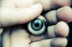 Clyde Funtona - Eye. on Behance #funtona #yeux #eye #behance #photography #clyde #main #hand