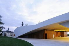 The new winery of Chateau Cheval Blanc designed by architect Christian de Portzamparc #architecture