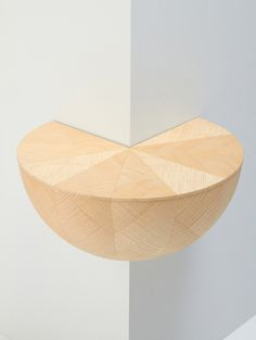 Varia — Design & photography related inspiration #wooden #corner #round #shelve #wood #interoior #shelf #table