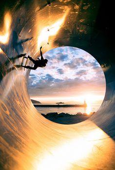 tumblr_msllv9a4GH1rl7jnvo1_500 #sunset #skateboarding #fullpipe