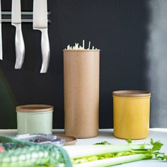 Sustainable Kitchen Containers These Sustainable Kitchen Containers are stylish and eco-friendly containers made from elephant grass grown in Dutch soil. The natural fiber material makes them robust, yet fully compostable.