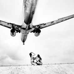 Josef Hoflehner – Jet Airliner « SIXAND5 – Inspiration webzine #airplane #photography #hoflehner #beach #josef