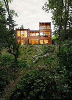 Augusta House by Sixteen Degree Studio 14