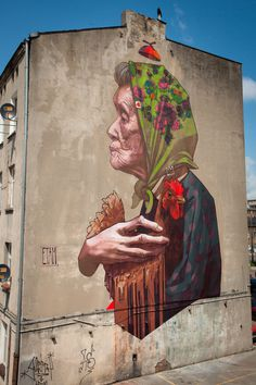 ETAM - MADAMME CHICKEN Lodz, Poland #art #street