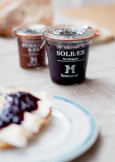 "A day in the land of nobody - ""Hovelsrud Jam & Juice"" by Gøril Torske ... #packaging"