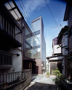 Alley by APOLLO Architects #house #japanese #home #minimal #minimalist