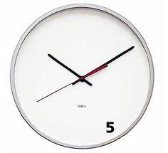 Reloj que marca las cinco en punto #clock #five