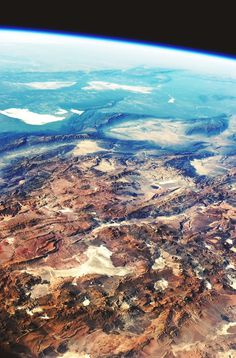 Central_Andes_Mountains,_Salar_de_Arizaro,_Argentina.jpg (2800×4256) #argentina #south #andes #america #mountains