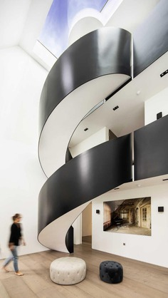 spiral staircase / Finkernagel Ross Architects