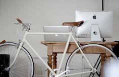Light grey bike, brown accents #white #bike