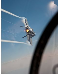 This Intense Real Life F 35 Picture Looks Like an Iron Man Frame