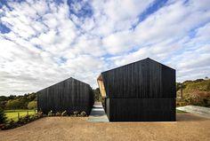 Chilmark House – Pastoral Jewel with Modern Spirit - InteriorZine