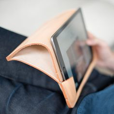 Dejean Leather iPad Case by Bleu de Chauffe #tech #flow #gadget #gift #ideas #cool