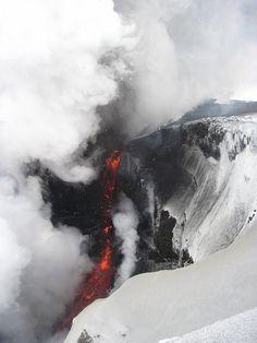 volcano ash mountain