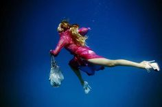Underwater Fashion Photography by Peter De Mulder #inspiration #photography #underwater