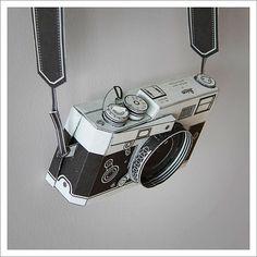 Matthew Nicholson – 3D Paper Objects / Aqua-Velvet