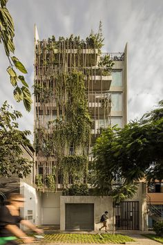 Apartment Block Madreselva Has a Timeless Design with a Low Environment Impact