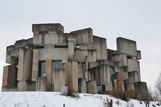 Fritz WotrubaDie Kirche Zur Heiligsten DreifaltigkeitWien #fritz #concrete #war #brutalism #cold #architecture #wotruba