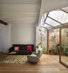 Flora House by Sanz & Gradolí Architects 4