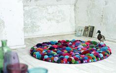 Bommel collection - Pompon by Myra Klose - www.homeworlddesign. com (11) #furniture #design #pompons #carpets
